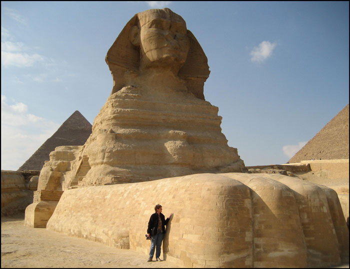 the great sphinx a real world Great sphinx type: stone construction of a sphinx location: giza first seen in: the sands of time contents[show] the great sphinx (prose: the sands of time) was a massive stone construction of a sphinx in giza, egypt — close to memphis.